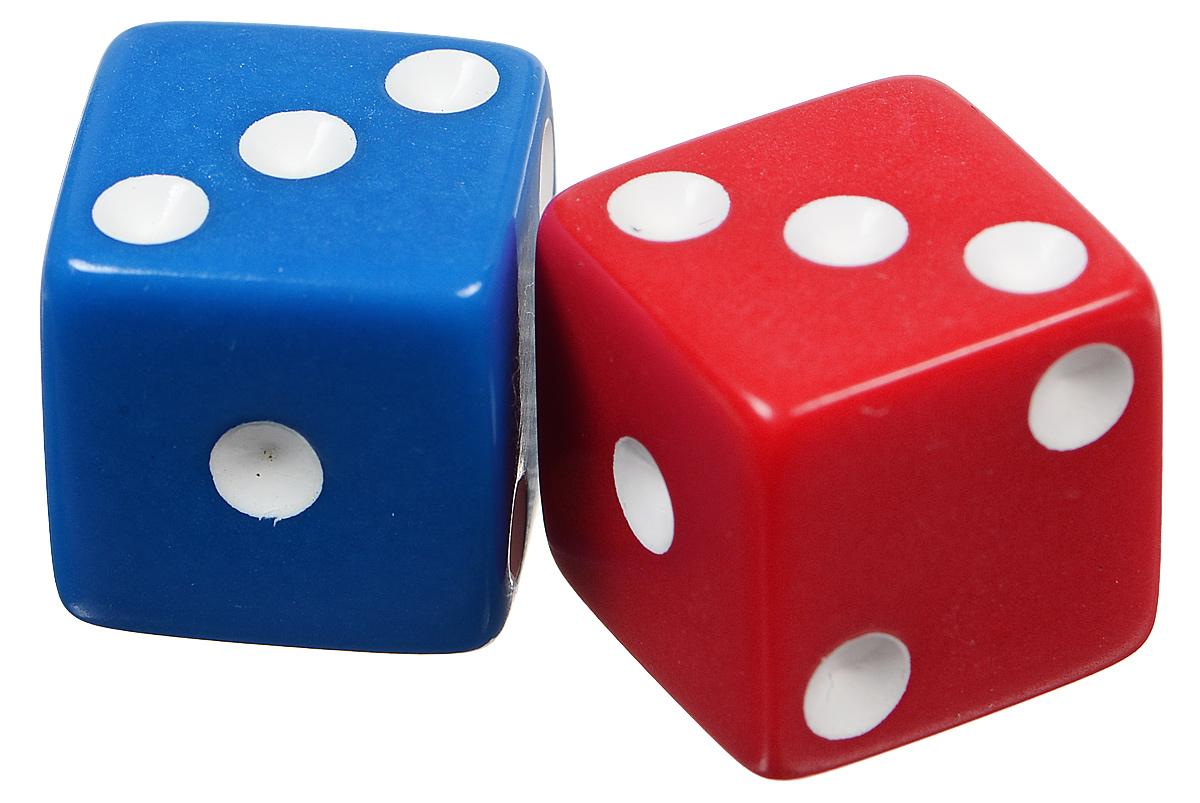 Koplow Games Набор игральных костей Простые D6 цвет синий красный 2 шт2000_синий, красныйНабор игральных костей Koplow Games Простые D6 предназначен для настольных игр. Набор состоит из двух шестигранных костей. На каждую сторону игральной кости нанесены в виде точек числа от 1 до 6. Целью броска игральной кости является демонстрация случайно определенного числа, каждое из которых является равновозможным благодаря правильной геометрической форме. Игральные кости выполнены из прочного пластика.