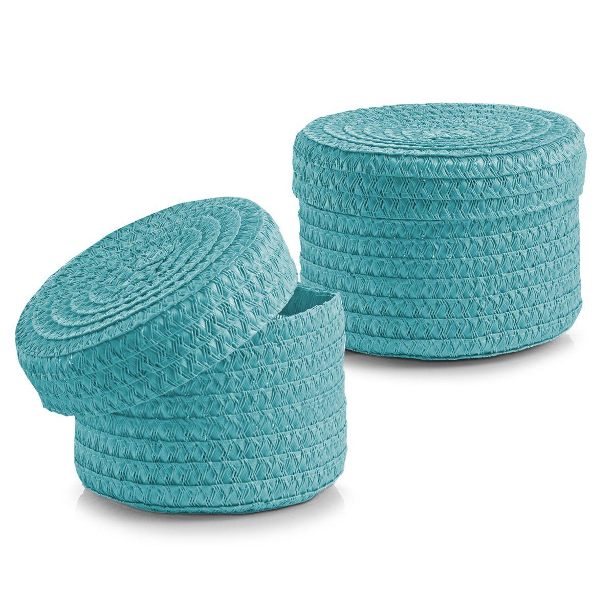 Набор корзин Zeller с крышками, цвет: бирюзовый, 2 шт14022Набор Zeller состоит из двух корзин разного размера. Корзинки изготовлены из текстиля и оснащены крышками. Изделия идеально подходят для упаковки подарков, цветочных композиций и подарочных наборов, для хранения различных вещей и аксессуаров. Так же они являются прекрасным декоративным элементом интерьера. Такие корзины будут создавать уют и комфорт в вашем доме и станут отличным подарком. Диаметр корзин: 16 см, 17 см. Высота корзин: 10 см, 12 см.
