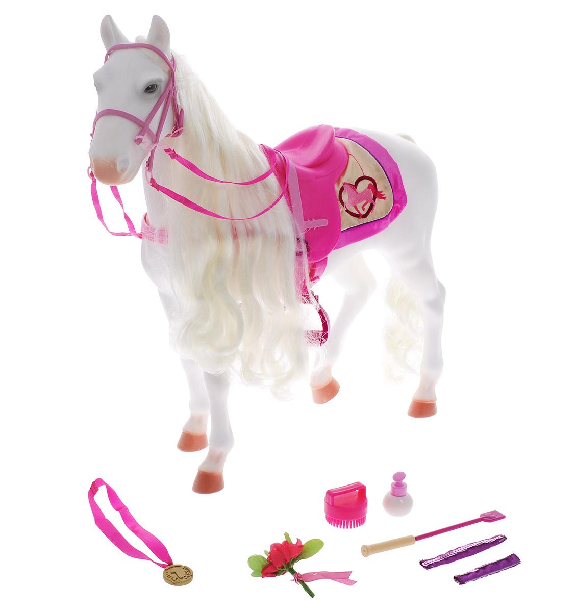 Our Generation Лошадь Камарилло11572Лошадь Our Generation Камарилло с аксессуарами - это лошадь для кукол породы Камарилло белого цвета с роскошной гривой и хвостом. В комплекте есть все необходимое, чтобы заботиться об этом животном: красивое седло, попона, уздечка, медаль, цветок, щетка, емкость с пульверизатором, хлыст, пособие по дрессуре, пара украшений. Лошадь подойдет для куклы высотой 46 см. Игрушка выполнена из качественного и экологически чистого цельного пластика. Красивая большая коробка, выполненная в виде стойла, будет отличным домиком для лошади. Лошадь Our Generation Камарилло обязательно понравится вашему ребенку и внесет еще больше разнообразия в игры с куклами.