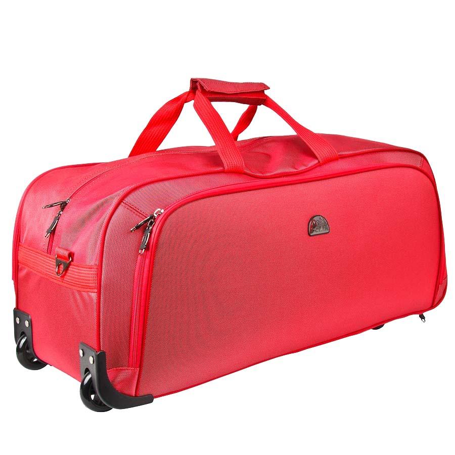 Сумка дорожная на колесах Polar, 72 л, цвет: красный. 7022.57022.5Дорожная сумка фирмы Polar. Материал - кордура. Большое отделение и карман для мелких вещей. В комплект входит съемный плечевой ремень. Очень удобный и практичный вариант для всего самого необходимого. Пластиковые колеса (2 шт.), выдвижная ручка. Внутренняя тележка.