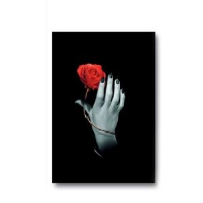 Дневник для записей Lo Scarabeo Роза в руке. JOU11JOU11Магический дневник это тайное и сокровенное место для записи и хранения ваших мыслей, важных откровений и осознаний. Необходимо тщательно подобрать такой дневник, который отражает вашу индивидуальность и будет в гармонии с вами в вашей магической работе. Высокое качество бумаги и обложки, наличие внутренних закладок и большой выбор стилей помогут вам найти Ваш Дневник.