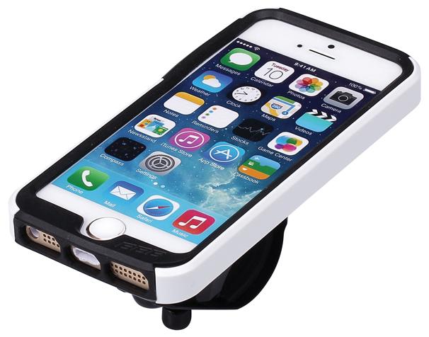 Чехол для телефона BBB Patron I5, цвет: белый. BSM-01BSM-01Превратите ваш iPhone 5, iPhone 5S или iPhone 5SE в велосипедный компьютер высокого класса (iPhone не входит в комплект. IPhone является торговой маркой компании Apple Inc, зарегистрированной в США и других странах.). Тонкий чехол для повседневного использования. Ударопрочный поликарбонатовый корпус для защиты от капель. Амортизирующие силиконовый вставки для дополнительной устойчивости и защиты. В комплект входит летний и дождевой чехол для оптимальной защиты при любой погоде. Верхний чехол полностью защищает от дождя. Полная iPhone совместимость. Устанавливается в вертикальном или горизонтальном положении. Регулируемый угол обзора для оптимального просмотра или киносъемки. Монтируется на выносе и руле через крепеж BSM 91 PhoneFix. Вес: 69 грамм кронштейн в комплекте.