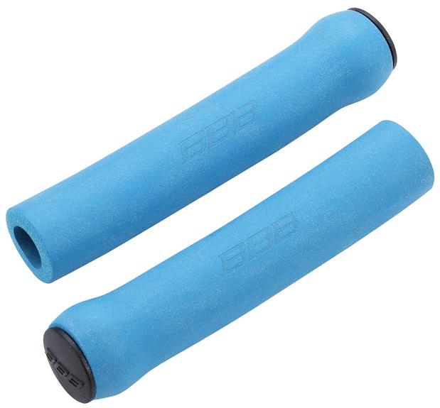 Грипсы BBB Sticky, 130 мм, цвет: синий. BHG-34BHG-34Комфортные грипсы из мягкого силикона с вибро- и ударопоглощающими свойствами. Силиконовое покрытие обеспечивает прекрасное сцепление с перчатками. Заглушки руля в комплекте. Сверхлегкие. Вес: 49 грамм. Длина: 130мм.
