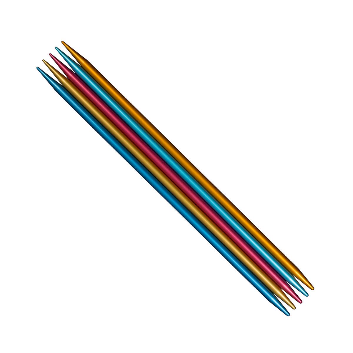 ADDI Спицы, чулочные, сверхлегкие Colibri, №6, 23 см, 5 шт204-7/6-23Спицы Colibris имеют отличительный цвет и структуру. За счет полого и легкого материала руки при вязании практически не устают, что особенно важно при вязании спицами толстых размеров. Внешняя поверхность спиц особенно гладкая, а ощущения от вязания самые комфортные, так как материал быстро принимает тепло рук. Полное отсутствие соединений, либо каких-то плохо обработанных кончиков, как на пластике. Каждая спица блестит за счет своей анодированной пестрой поверхности, что особенно нравится молодой аудитории. Яркий цвет часто является козырем, как и в пряже для ручного вязания. Защищенная патентом технология чулочной спицы имеет неоспоримое преимущество. Потребитель приобретает продукт, у которого две различные функции, так как это две спицы с коротким и длинным кончиком одновременно. Комплекты толщиной от 5,5 мм имеют 23 см длинны вместо 20 см, что является неоспоримым преимуществом при работе с более толстой пряжей, которая обычно занимает много места на спице.