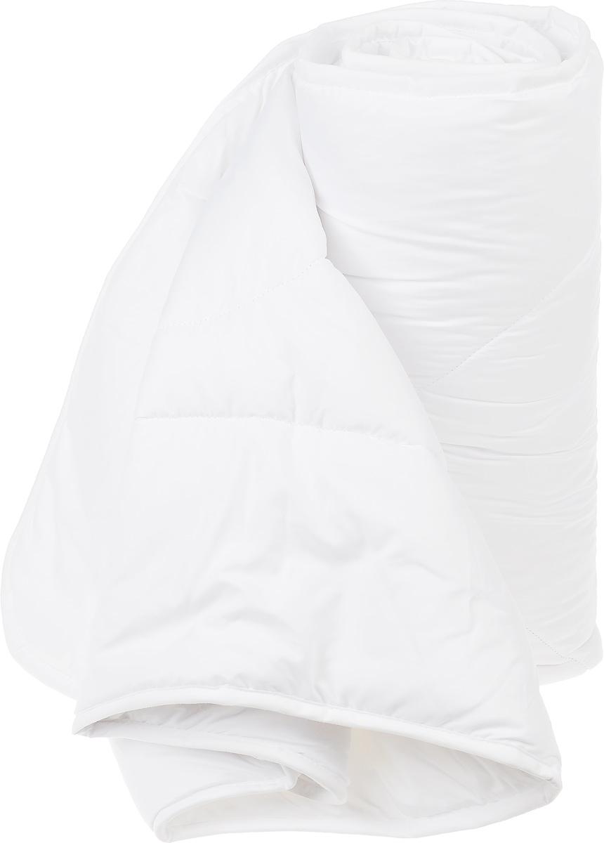 Одеяло Daily by Togas Бамбук, наполнитель: полиэфирное волокно, 175 х 200 см20.04.12.0100Одеяло Daily by Togas Бамбук с бамбуковой пропиткой создано для ценителей экологичных постельных принадлежностей. Оно универсальное, легкое, дышащее и одновременно теплое, поэтому вы можете использовать его круглый год, как зимой, так и летом. Одеяло имеет классический крой, скругленные углы, кант и стежку, которая равномерно распределяет наполнитель внутри. Чехол одеяла выполнен из прочного, износостойкого материала - микрофибры. Это удивительно тонкое, но при этом очень прочное микроволокно, которое отличает экологическая чистота, гипоаллергенность и гигиеничность: оно подходит для людей с чувствительной кожей. Благодаря полиэфирному волокну, одеяло удивительно мягкое, нежное и упругое. При всей своей легкости оно отлично удерживает тепло и в то же время дышит. Бамбуковая пропитка способствует оздоровлению кожи, оказывает антисептический и антибактериальный эффект. Одеяло Daily by Togas Бамбук ухаживает за вами, пока вы спите, поэтому каждое утро вы будете...