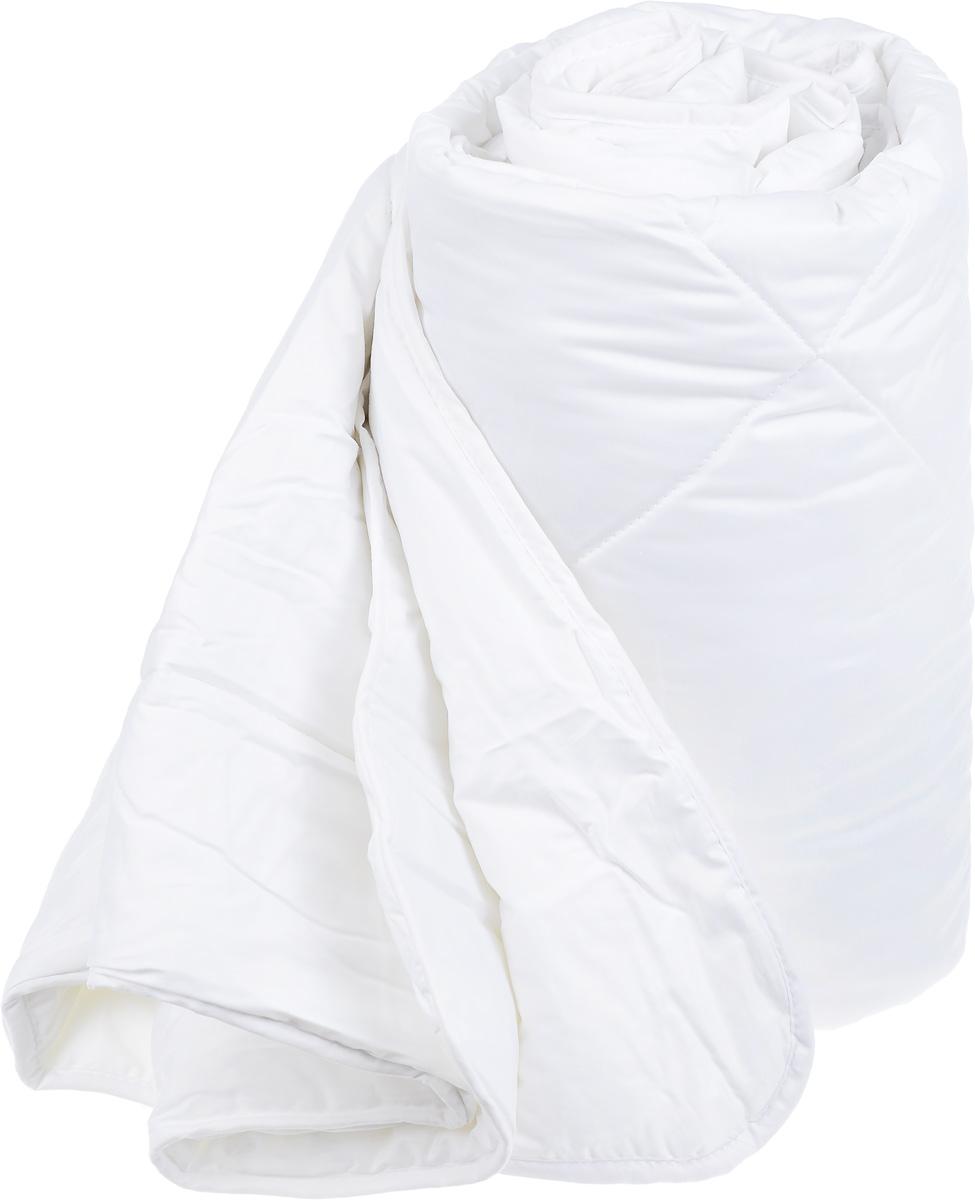 Одеяло Classic by Togas Пух в тике, наполнитель: лебяжий пух, 175 х 200 см20.04.12.0076Одеяло Classic by Togas Пух в тике подарит комфортный и спокойный сон. Чехол одеяла выполнен из тика (100% хлопок), а наполнитель - синтетическое микроволокно лебяжий пух. Одеяло имеет классический крой, скругленные углы, кант и стежку, которая равномерно распределяет наполнитель внутри. Благодаря непревзойденным пуходержащим свойствам тика вы ощутите идеальный комфорт. Эта пухосдерживающая ткань прочнейшего саржевого или полотняного переплетения имеет специальную пропитку, которая не дает даже мельчайшим волокнам наполнителя проникать сквозь ткань. Тик превосходно пропускает воздух, впитывает влагу, оставаясь при этом сухим на ощупь. Тиковая ткань мягкая, нежная и не раздражает кожу, но при этом очень практичная и прочная. Микроволокно, которым наполнено одеяло, очень схоже с натуральным лебяжьим пухом - оно такое же мягкое, нежное и упругое. При этом микроволокно очень прочно и долговечно, гипоаллергенно и мгновенно восстанавливает форму после сжатия, благородя...