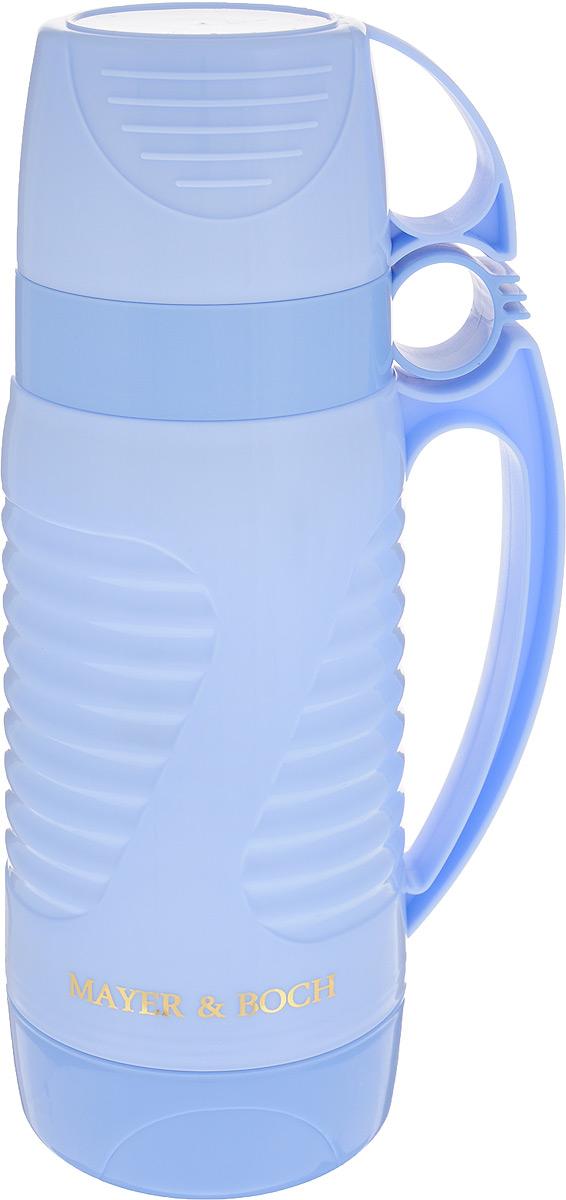 Термос Mayer & Boch, с 2 чашами, цвет: голубой, 1 л. 2490924909Термос Mayer & Boch со стеклянной колбой в пластиковом корпусе является одним из востребованных в России. Его температурная характеристика ни в чем не уступает термосам со стальными колбами, но благодаря свойствам стекла этот термос может быть использован для заваривания напитков с устойчивыми ароматами. Изделие идеально подходит для сохранения напитка горячим или холодным в течение нескольких часов. В комплекте имеются две чашки разных размеров. Завинчивающаяся герметичная крышка предохранит от проливаний. Такой термос станет не только надежным другом в походе, но и отличным украшением вашей кухни. Высота термоса: 28,5 см. Диаметр большой чашки (по верхнему краю): 10 см. Высота большой чашки: 8,2 см. Диаметр малой чашки (по верхнему краю): 9,5 см. Высота малой чашки: 6 см.