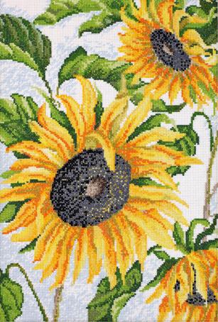 Набор для вышивания Марья Искусница Как солнышко, 25 см х 36 см. 04.002.0304.002.03Набор для вышивания Как солнышко 25 х 36 см В наборах Марья Искусница используются только высококачественные материалы - канва Aida (Германия), мулине Finca (Испания).