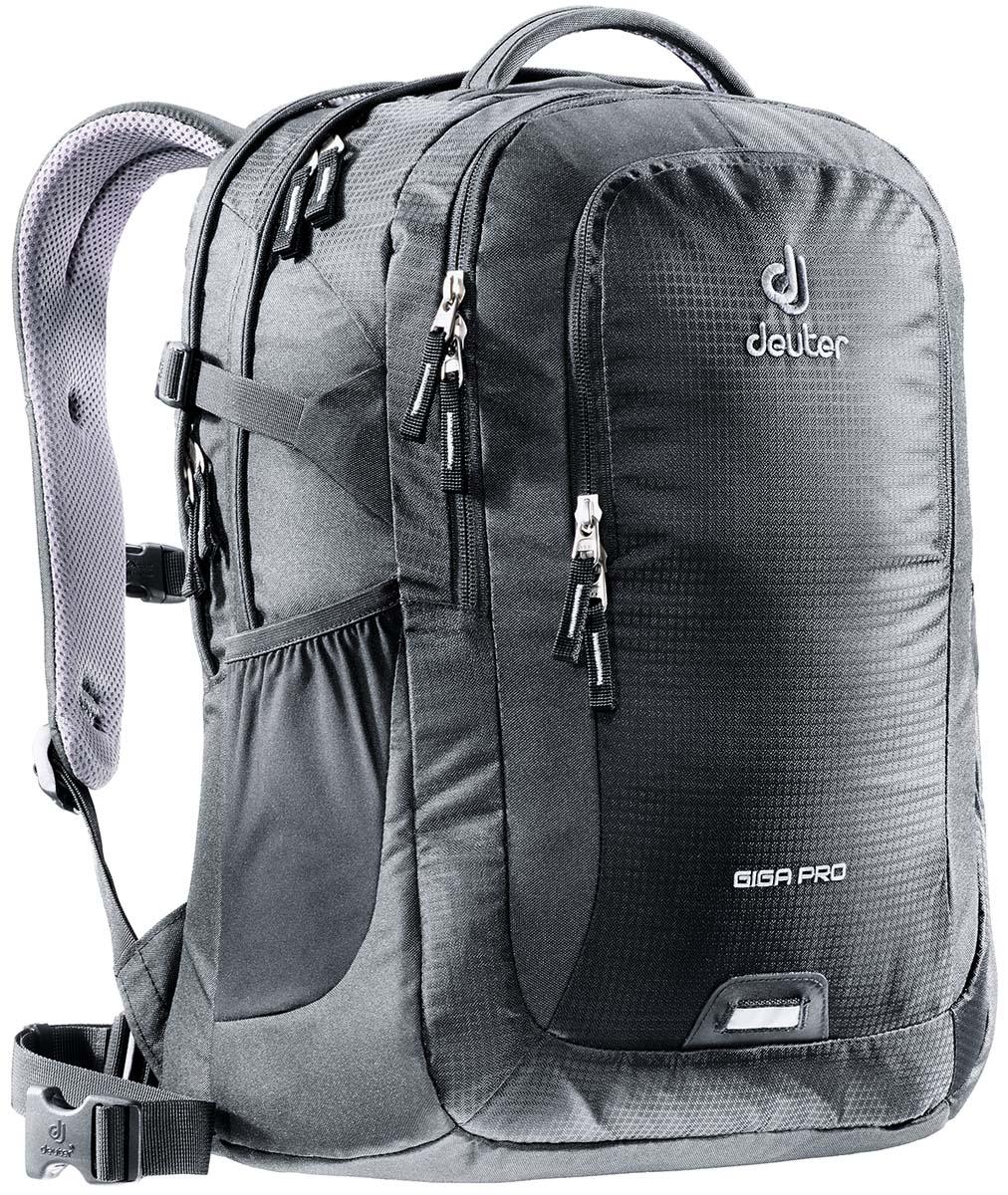 Рюкзак Deuter Daypacks Giga Pro, цвет: черный, 31 л80434_7000Городской рюкзак Deuter Giga Pro правильный выбор для тех, кто ищет профессиональный рюкзак: все принадлежности идеально расположены и защищены. Имеется специальное мягкое съемное отделение для ноутбука. Система спинки Airstripes, большое основное отделение, в котором помещаются папки для бумаг, дно имеет мягкую подкладку, компрессионные стропы, удобная ручка для переноски, большой передний карман на молнии с органайзером, съемный набедренный ремень, петля с отражателем, второе основное отделение, со съемной мягкой сумкой под ноутбук 15,6 дюймов, боковой сетчатый карман.