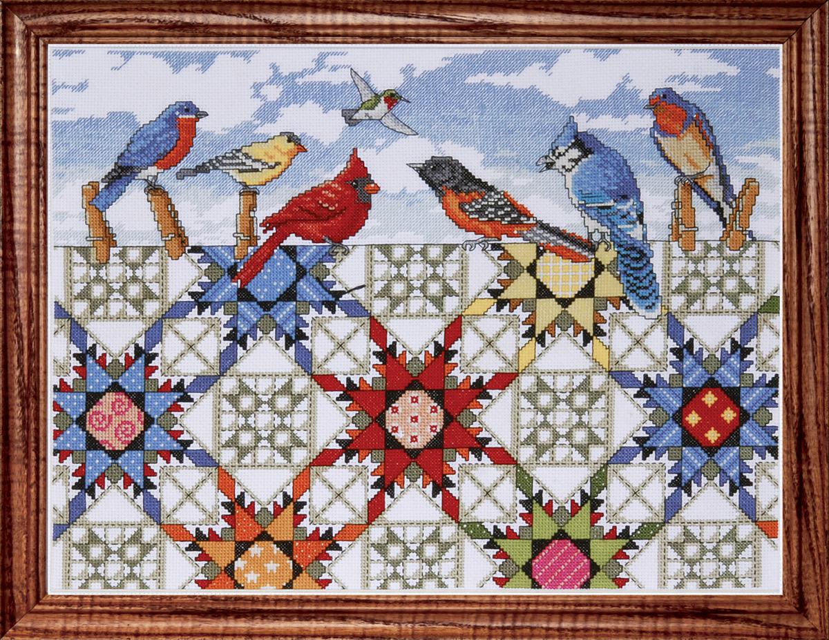 Набор для вышивания крестом Design Works Птицы и лоскутное одеяло, 30 х 40 см2719Канва Аида 14 (100% хлопок), нитки мулине (100% хлопок), игла, подробная инструкция со схемой вышивки на русском языке