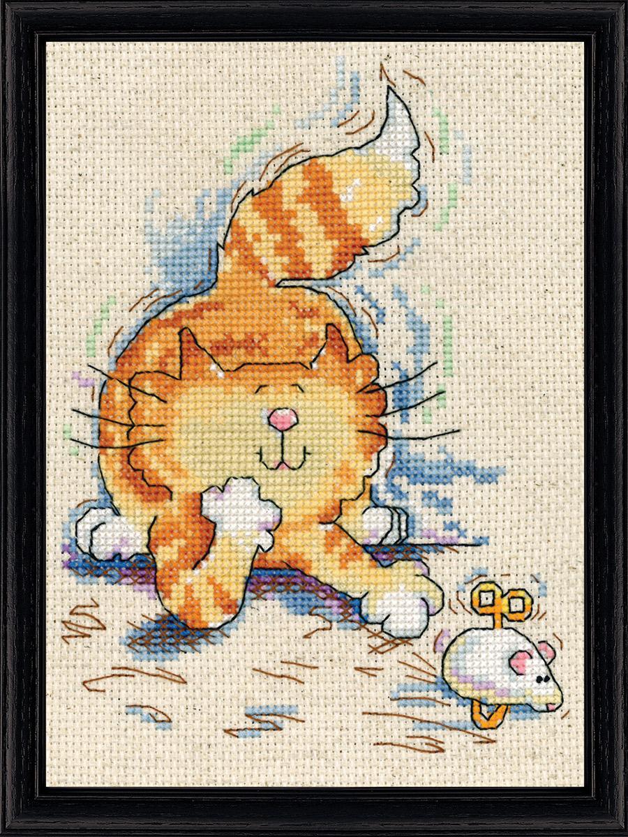 Набор для вышивания крестом Design Works Кот с мышкой, 13 х 18 см2873Канва Аида 14 (100% хлопок), нитки мулине (100% хлопок), игла, подробная инструкция со схемой вышивки на русском языке