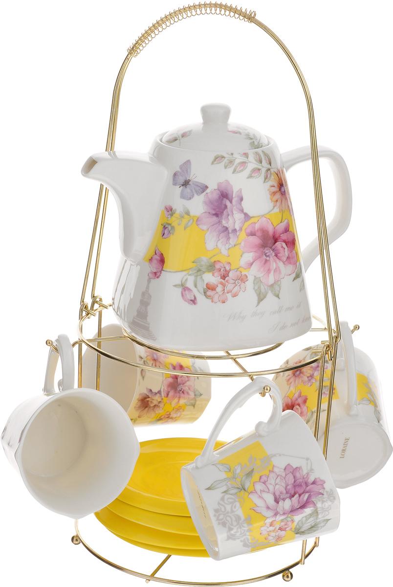Набор чайный Loraine, 10 предметов. 2473424734Чайный набор Loraine состоит из 4 чашек, 4 блюдец, заварочного чайника и подставки. Посуда изготовлена из качественной глазурованной керамики и оформлена изображением цветов. Блюдца и чашки имеют необычную фигурную форму. Все предметы располагаются на удобной металлической подставке с ручкой. Элегантный дизайн набора придется по вкусу и ценителям классики, и тем, кто предпочитает утонченность и изысканность. Он настроит на позитивный лад и подарит хорошее настроение с самого утра. Чайный набор Loraine идеально подойдет для сервировки стола и станет отличным подарком к любому празднику. Можно использовать в СВЧ и мыть в посудомоечной машине. Объем чашки: 200 мл. Диаметр чашки (по верхнему краю): 8 см. Высота чашки: 8 см. Диаметр блюдца: 14 см. Объем чайника: 1,1 л. Размер чайника: 19 х 13 х 13 см. Размер подставки: 18 х 18 х 37 см.