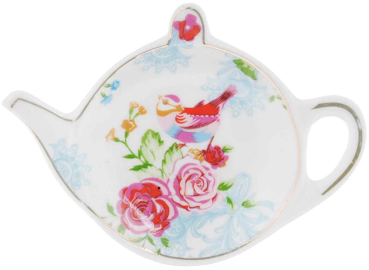 Подставка для чайных пакетиков Patricia Райская птичкаIM56-0311Подставка Patricia Райская птичка, изготовленная из высококачественного фарфора, порадует вас оригинальностью и дизайном. Подставка выполнена в форме чайничка и оформлена ярким рисунком. С помощью такой подставки ваша столешница останется чистой. Можно мыть в посудомоечной машине и использовать в микроволновой печи.