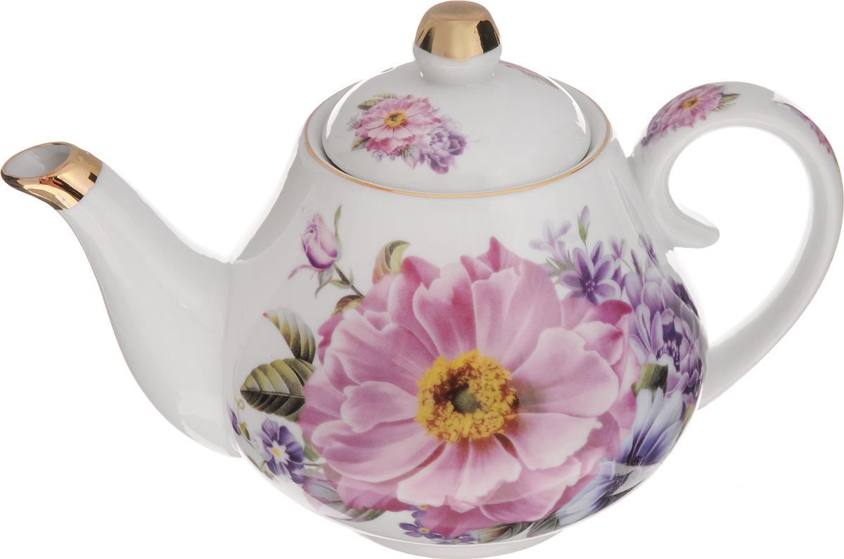 Чайник заварочный Loraine Пион, 1 л. 2455724557Заварочный чайник Loraine Пион изготовлен из высококачественной керамики. Внешние стенки оформлены красочным изображением цветов.Отдельные элементы украшены золотистой эмалью. Чайник изысканно украсит стол к чаепитию и порадует вас лаконичным дизайном и качеством исполнения. Чайник упакован в подарочную коробку из плотного картона. Внутренняя часть коробки задрапирована атласом, и чайник надежно крепится в определенном положении благодаря особым выемкам в коробке. Диаметр чайника по верхнему краю: 8 см. Диаметр основания: 7,5 см. Высота чайника (с учетом крышки): 15,5 см. Высота чайника (без учета крышки): 11,5 см.