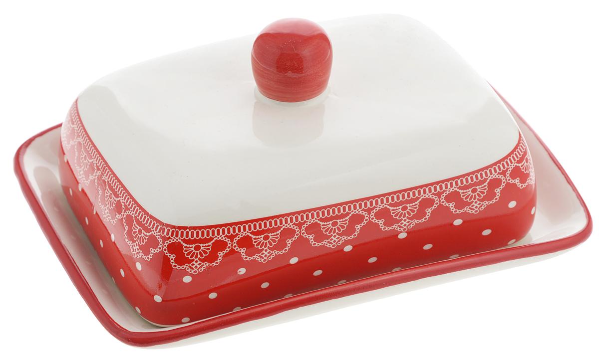 Масленка Loraine Красный узор25812Масленка Loraine Красный узор, выполненная из высококачественного доломита в виде подноса с крышкой, станет не заменимым помощником на вашей кухне. Изделие оформлено яркими узорами и имеет изысканный внешний вид. Масленка предназначена для красивой сервировки стола и хранения масла. Можно мыть в посудомоечной машине, использовать в микроволновой печи и холодильнике. Размер подноса: 17 х 12,3 х 2,5 см. Высота масленки (с учетом крышки): 8,5 см.