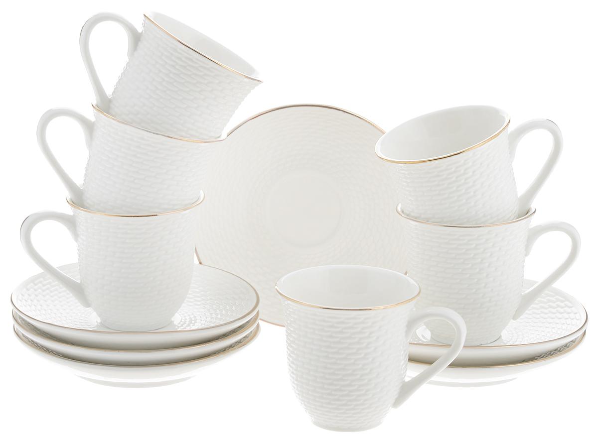 Набор кофейный Loraine, 12 предметов. 2577025770Кофейный набор Loraine состоит из 6 чашек и 6 блюдец. Изделия выполнены из высококачественного костяного фарфора и оформлены золотистой каймой. Такой набор станет прекрасным украшением стола и порадует гостей изысканным дизайном и утонченностью. Набор упакован в подарочную коробку, задрапированную внутри белой атласной тканью. Каждый предмет надежно зафиксирован внутри коробки. Кофейный набор Loraine идеально впишется в любой интерьер, а также станет идеальным подарком для ваших родных и близких. Объем чашки: 90 мл. Диаметр чашки (по верхнему краю): 6,5 см. Высота чашки: 6 см. Диаметр блюдца (по верхнему краю): 11,5 см. Высота блюдца: 2 см.