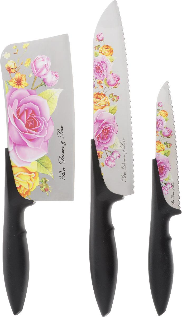 Набор ножей Patricia, 3 предметаIM99-4731Набор Patricia состоит из двух ножей и топорика для мяса. Лезвия ножей выполнены из высококачественной стали и имеют зубчатое лезвие. Режущая кромка лезвий устойчива к притуплению. Ножи высоко гигиеничны и легки в очистке. Рукоятки эргономичной формы выполнены из пластика. Специальный дизайн рукоятки обеспечивает комфортный и легко контролируемый захват. В наборе есть все необходимое для ежедневной нарезки фруктов, овощей и мяса. Ножи не рекомендуется мыть в посудомоечной машине. Длина лезвия топорика: 18 см. Общая длина топорика: 30 см. Длина лезвия среднего ножа: 20,5 см. Общая длина среднего ножа: 32,5 см. Длина лезвия малого ножа: 12,5 см. Общая длина малого ножа: 23 см.