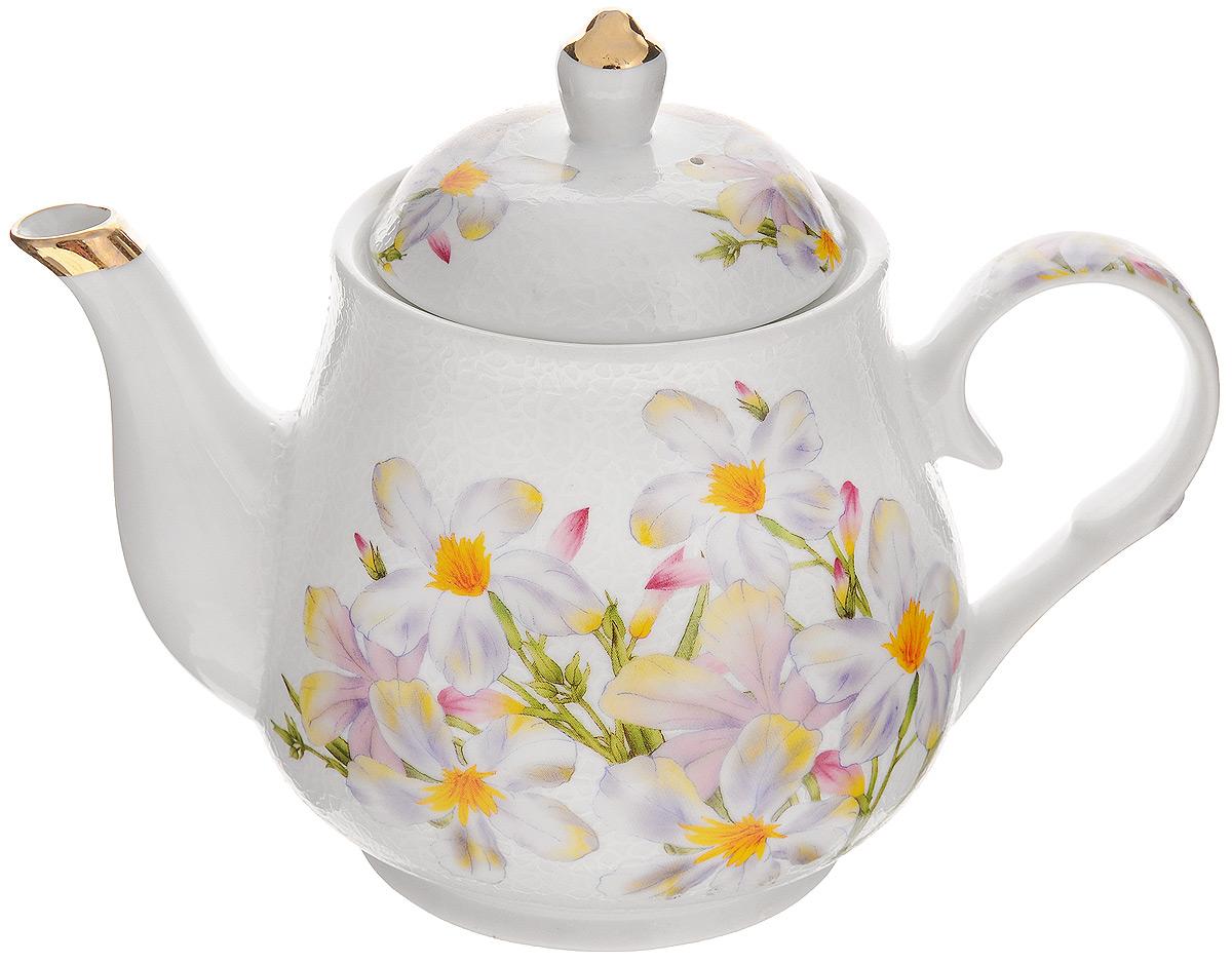 Чайник заварочный Loraine Ромашка, 1 л21139Заварочный чайник Loraine Ромашка изготовлен из высококачественной керамики. Съемное ситечко не позволит при заваривании попасть чаинкам в напиток. Чайник сочетает в себе стильный дизайн с максимальной функциональностью. Красочность оформления придется по вкусу и ценителям классики, и тем, кто предпочитает утонченность и изысканность. Чайник поможет заварить крепкий ароматный чай и великолепно украсит стол к чаепитию. Диаметр чайника (по верхнему краю): 9,5 см. Высота чайника (без учета крышки): 12 см. Высота ситечка: 5 см.