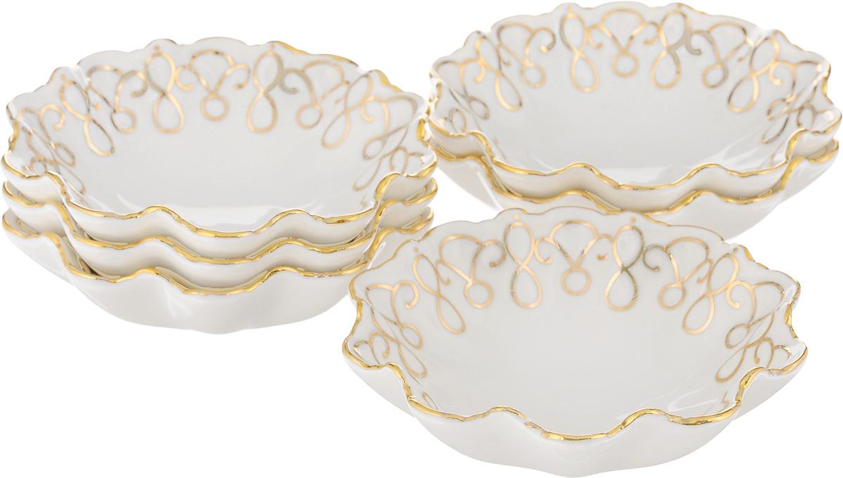 Набор розеток для варенья Patricia Волна, 110 мл, 6 штIM10046Набор Patricia Волна состоит из шести розеток, изготовленных из высококачественного фарфора. Он отлично подойдет для подачи на стол соусов, меда или варенья. Такой набор украсит ваш праздничный или обеденный стол, а оригинальное оформление понравится любой хозяйке. Не рекомендуется мыть в посудомоечной машине и использовать в микроволновой печи. УВАЖАЕМЫЕ КЛИЕНТЫ! Обращаем ваше внимание, что объем розетки измерен по факту, с учетом максимального наполнения до кромки.