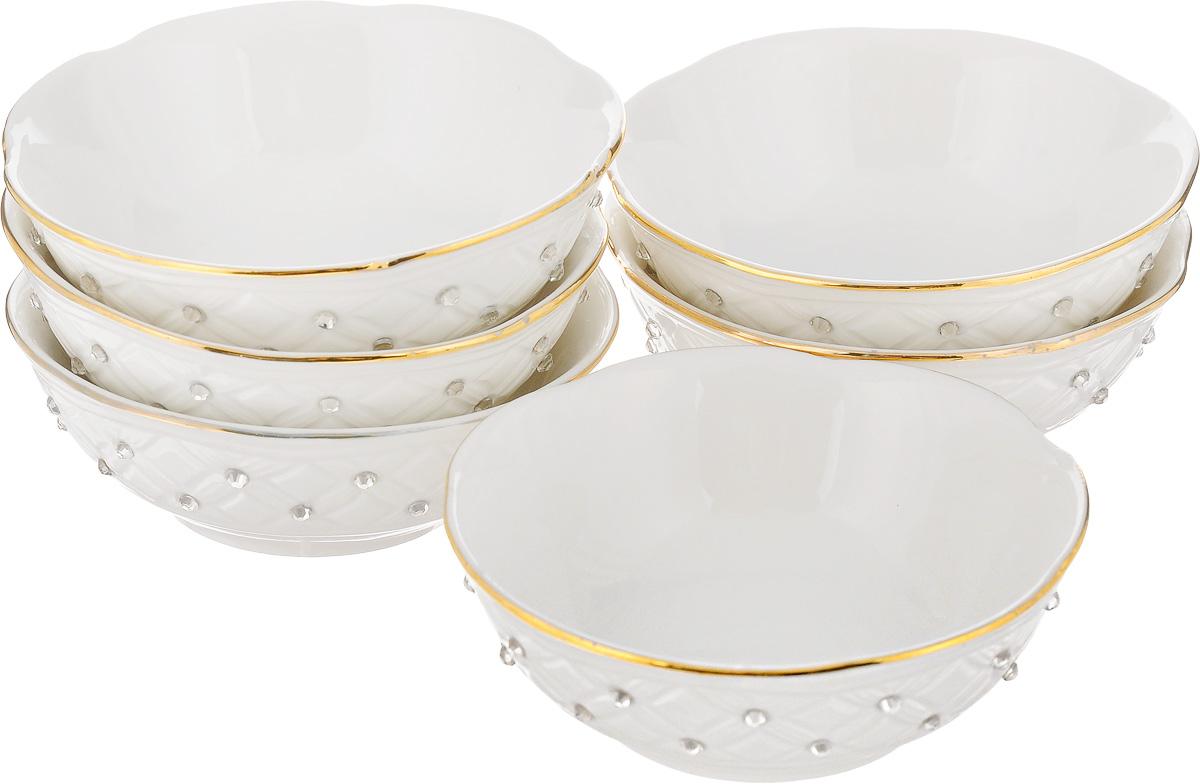Набор розеток для варенья Patricia Кардинал, 100 мл, 6 штIM553031Набор Patricia Кардинал состоит из шести розеток, изготовленных из высококачественной керамики. Он отлично подойдет для подачи на стол соусов, меда или варенья. Такой набор украсит ваш праздничный или обеденный стол, а оригинальное оформление понравится любой хозяйке. Не рекомендуется мыть в посудомоечной машине и использовать в микроволновой печи.