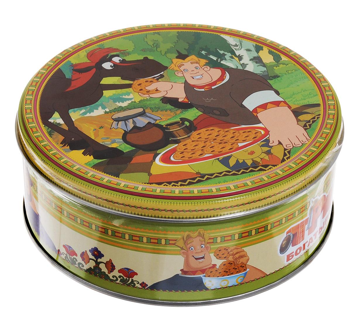 Три богатыря Юлий печенье сдобное с кусочками шоколада, 150 г4600416016891_коньТри богатыря - 100% сдобное печенье с кусочками шоколада. Печенье упаковано в металлическую банку с изображением героев мультфильма Три богатыря. Такое печенье станет оригинальным подарком.