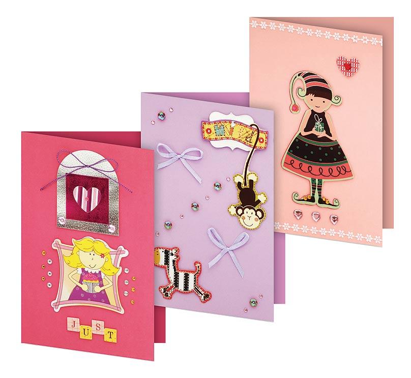 Набор для создания 3-х открыток Белоснежка Трель101-SBНабор для создания открыток в технике скрапбукинг включает в себя заготовки для открыток, различные декоративные бумажные элементы, стразы, бусины, пайетки, ленты и инструкцию по сборке. Набор дополнен оригинальными карточками в стиле Шебби-Шик, необходимо только вырезать заготовки из макета и закрепить на открытке. Красивые элементы помогут сделать открытки более яркими и разнообразными. В набор входит: 3 заготовки для открыток 115*170 мм 3 конверта бумага для скрапбукинга клеевые подушечки Декоративные элементы: вырубка из картона, ленты, паетки, стразы, полубусины
