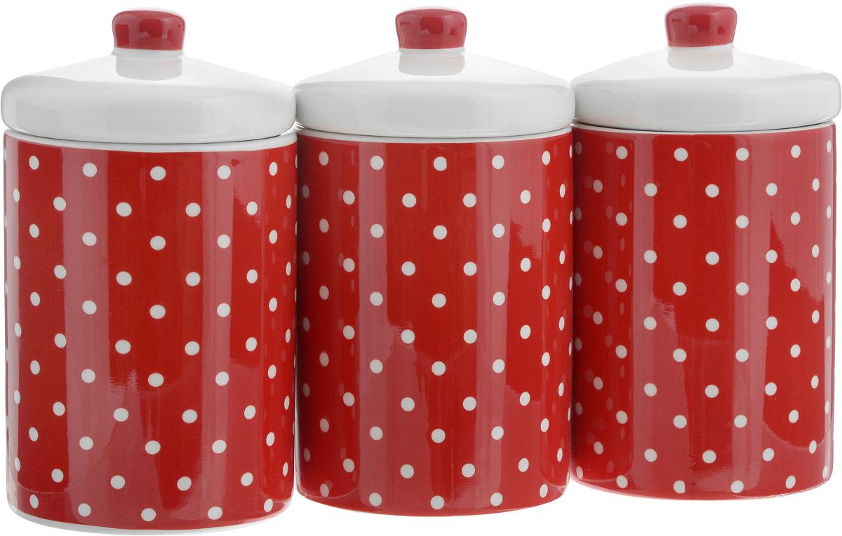 Набор банок для сыпучих продуктов Loraine Красный узор, 400 мл, 3 шт. 2586225862Набор Loraine Красный узор состоит из трех банок, изготовленных из доломита высокого качества. Банки оснащены крышками. Гладкая и ровная поверхность обеспечивает легкую чистку. Изделия подходят для хранения сыпучих продуктов: круп, чая, специй, орехов, сахара, сухофруктов, соли и многого другого. Изысканный и утонченный дизайн сделает такие банки не просто емкостью для сыпучих продуктов, а настоящим предметом декора, который стильно дополнит ваш кухонный интерьер. Подходят для использования в микроволновой печи и холодильнике. Можно мыть в посудомоечной машине. Объем банки: 400 мл. Диаметр (по верхнему краю): 8 см. Высота банок (без учета крышки): 11 см.