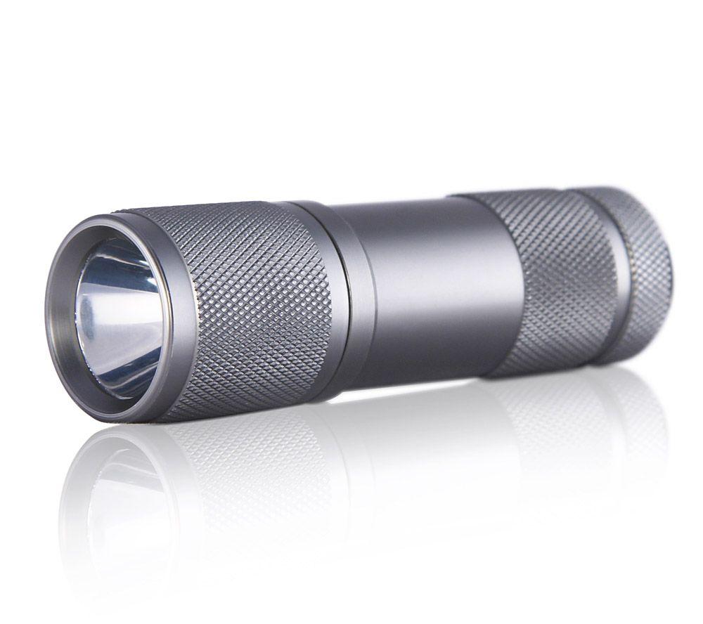 Фонарь ручной Яркий Луч LUX-0.5W4606400104360Фонарь Яркий Луч LUX-0.5W: Количество ламп: светодиод 0,5Вт Питание: 3хАAА (R03), в комплект не входят. Материал корпуса: алюминиевый корпус Размеры: 97 x 29 мм (длина х диаметр) Дополнительно: сфокусированная оптическая система повышает дальность светового луча - до 20 м. Ремешок для крепления на запястье. Влагозащитная конструкция, противоударный корпус.