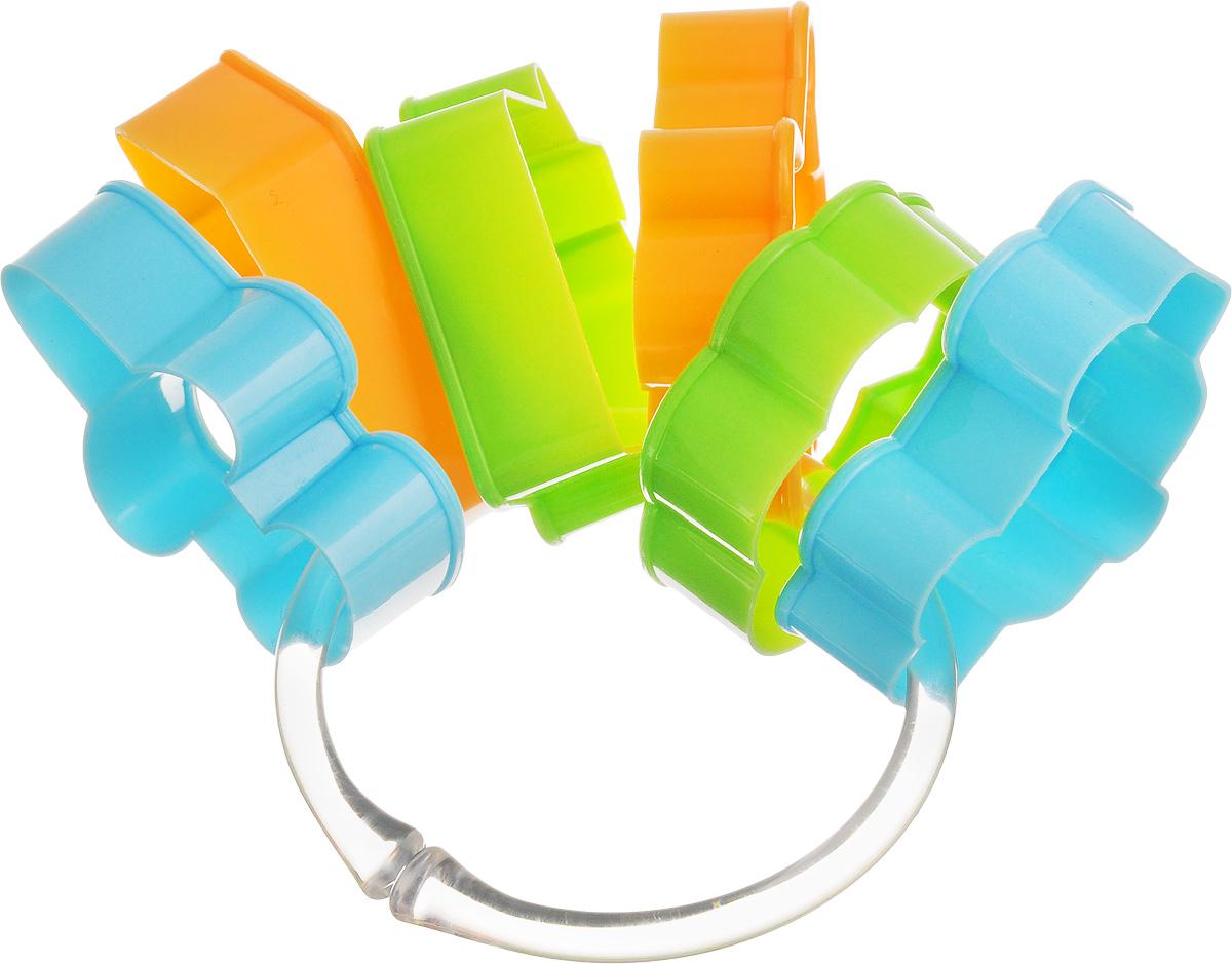 Формочки для детского песочного печенья Tescoma Delicia Kids, 6 шт630921Формочки для печенья Tescoma Delicia Kids изготовлены из пластика. Предназначены для вырезания печенья. Можно использовать как трафареты для поделок и с непищевыми материалами. С такими формами- резаками можно сделать множество интересных фигурок и поделок. Можно мыть в посудомоечной машине. Средний размер формы: 6,5 х 5 см. Высота стенки формы: 2 см.