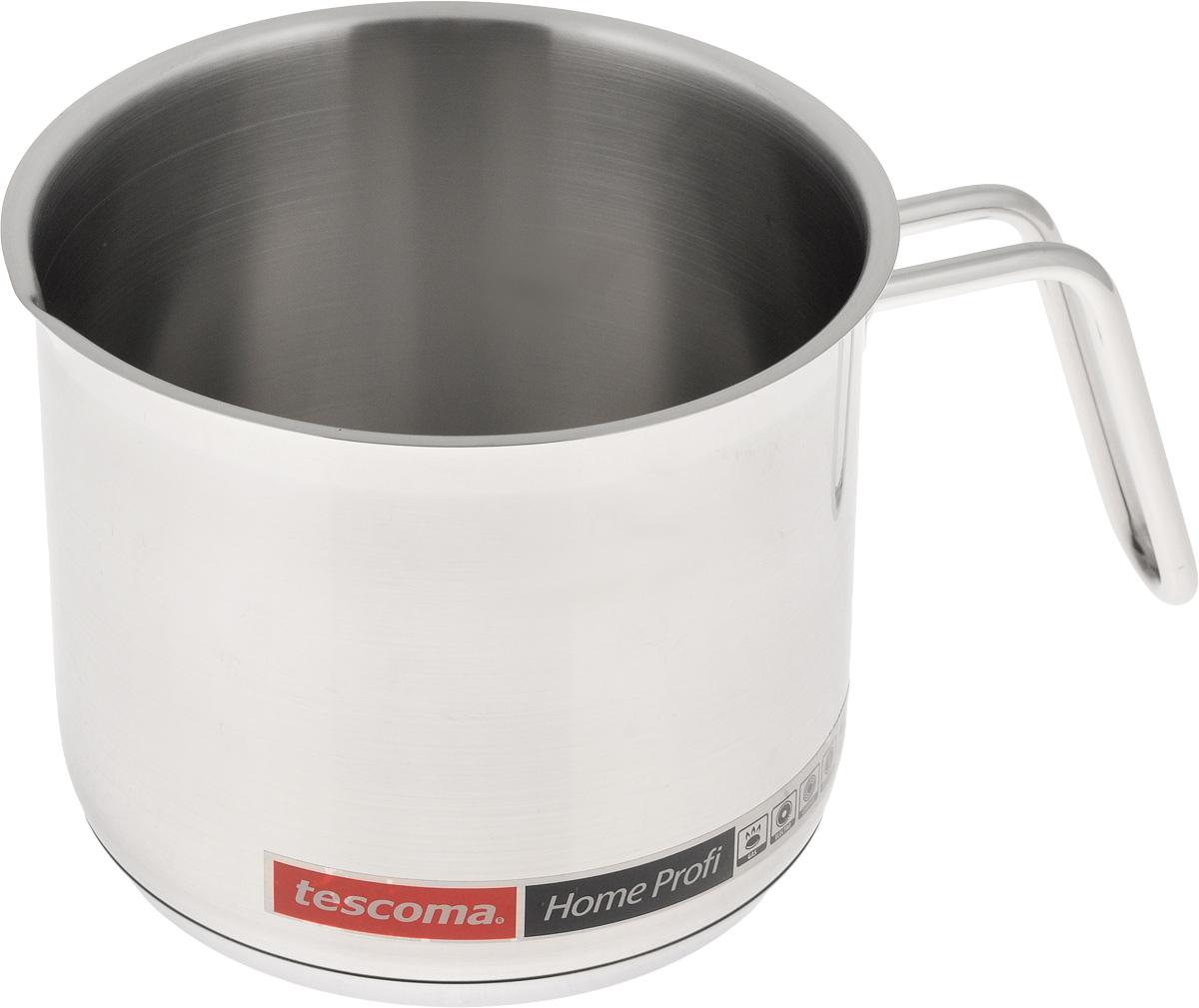 Ковш для молока Tescoma Home Profi, 1,8 л774446Ковш Tescoma Home Profi, изготовленный из первоклассной нержавеющей стали 18/10 с матовой полировкой, идеально подходит для кипячения молока, приготовления соусов и горячего шоколада. В таком ковше продукты не липнут к стенкам, равномерно приготавливаются, сохраняя все полезные микроэлементы. Тепло с плиты передается внутрь посуды постепенно, без скачков и равномерно по целой площади дна. Ковш снабжен массивной, и, вместе с тем, удобной рукояткой из нержавеющей стали, которая принимает на себя очень мало тепла. Массивное трехслойное термораспределительное дно способствует равномерному и быстрому нагреву, а также препятствует деформации ковша при длительном использовании. Подходит для использования на газовых, электрических, стеклокерамических и индукционных плитах. Можно мыть с применением обычных моющих средств, избегая при этом использования агрессивных химических веществ, абразивных и острых предметов, проволочных губок. ...