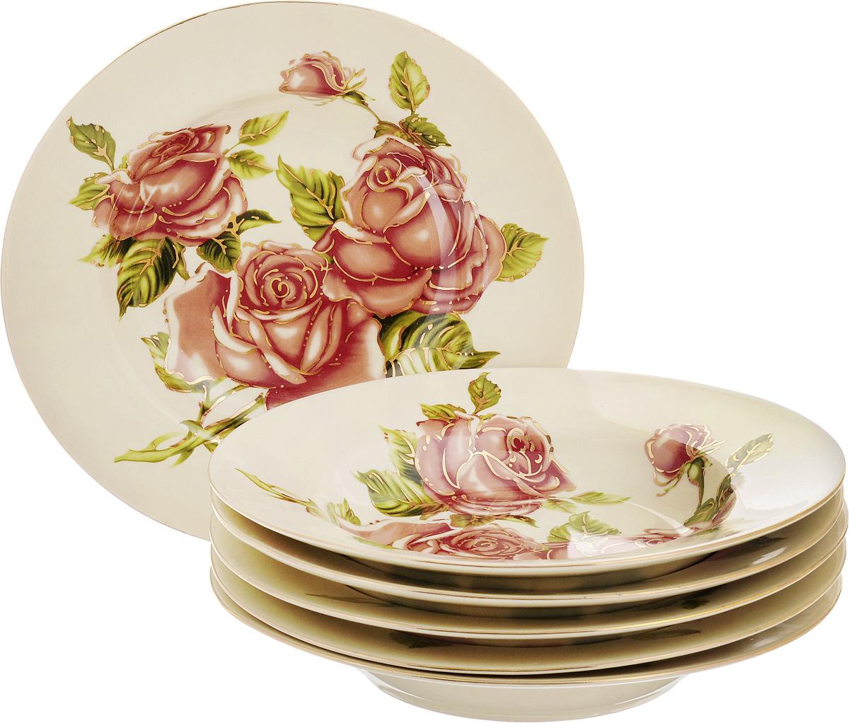 Набор суповых тарелок Patricia Три розы, диаметр 22,5 см, 6 штIM600008Набор Patricia Три розы, выполненный из высококачественной глазурованной керамики, состоит из 6 суповых тарелок. Изделия украшены цветочным рисунком и предназначены для красивой сервировки и подачи первых блюд. Набор сочетает в себе стильный дизайн с максимальной функциональностью. Оригинальность оформления придется по вкусу и ценителям классики, и тем, кто предпочитает утонченность и изящность. Не рекомендуется использовать в микроволновой печи и мыть в посудомоечной машине. Диаметр тарелки (по верхнему краю): 22,5 см.