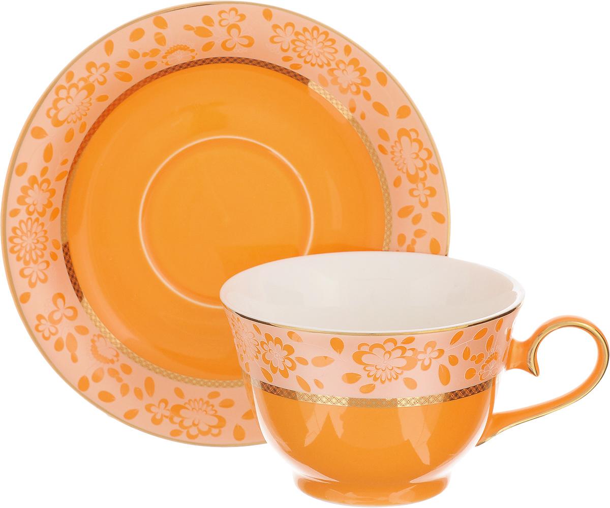 Чайная пара Patricia Симфония, цвет: оранжевый, золотистый, 2 предметаIM52-2501Чайная пара Patricia Симфония состоит из чашки и блюдца. Изделия, изготовленные из фарфора высшего качества, имеют изысканный внешний вид. Чайная пара Patricia Симфония украсит ваш кухонный стол, а также станет замечательным подарком к любому празднику. Не рекомендуется мыть в посудомоечной машине и использовать в микроволновой печи. Объем чашки: 200 мл. Диаметр чашки (по верхнему краю): 10 см. Высота чашки: 6,7 см. Диаметр блюдца: 15,5 см. Высота блюдца: 2,2 см.