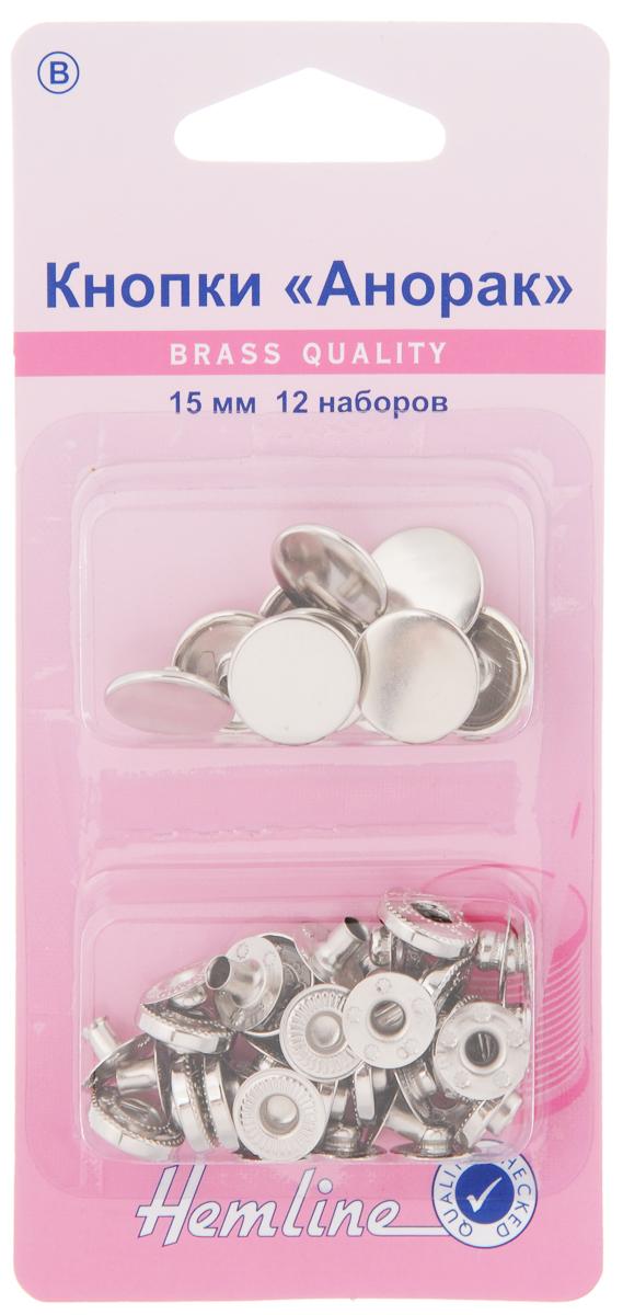 Кнопки Hemline Анорак, цвет: никель, диаметр 15 мм, 12 наборов407R.NКнопки Hemline Анорак, выполненные из металла, предназначены для средних и тяжелых тканей. Для обеспечения толщины между слоями ткани не менее 1-2 мм используйте подкладочную ткань. В одной упаковке 12 наборов, каждый из которых состоит из 4 элементов. На обратной стороне упаковки представлена подробная инструкция по установке кнопок. Диаметр кнопки: 15 мм.
