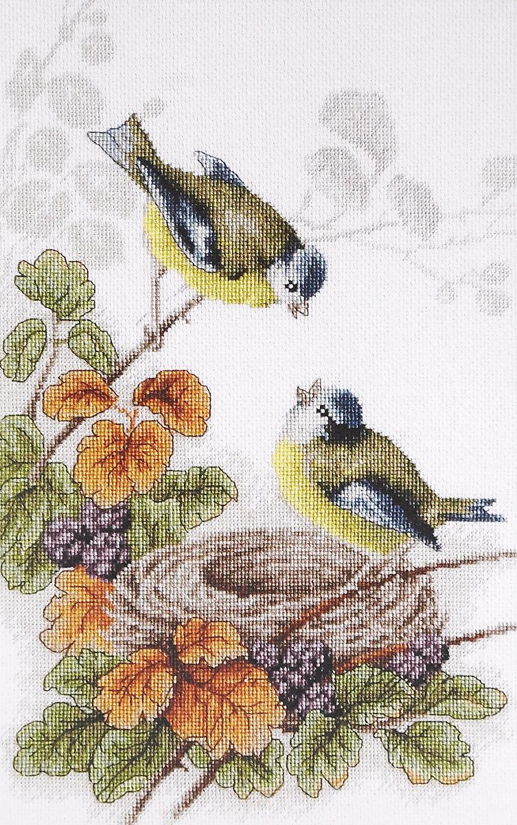 Вышивка крестом птицы на цветах 176