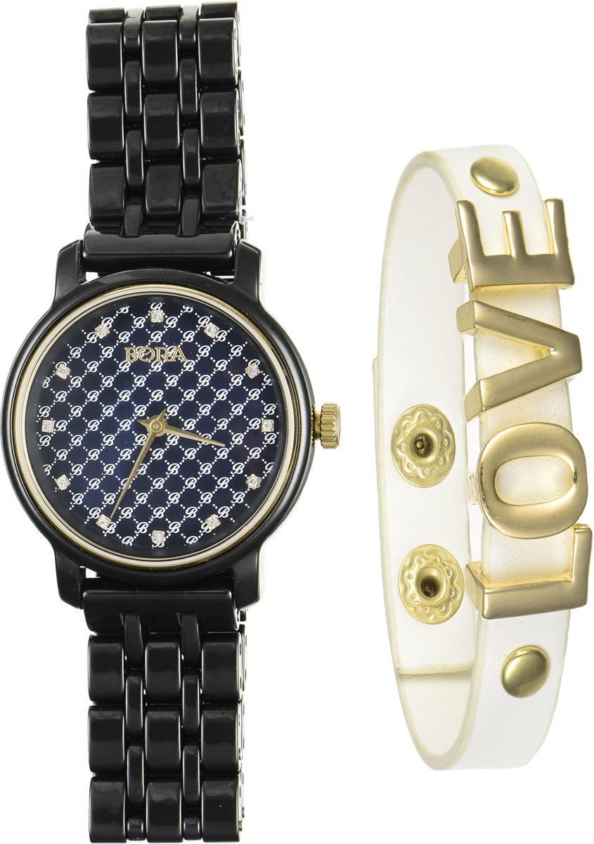 Часы наручные женские Bora, с браслетом, цвет: черный, молочный, золотой. T-B-6718T-B-6718-WATCH-BLACKЭлегантные женские часы Bora выполнены из керамики и минерального стекла. Перламутровый циферблат дополнен контрастным орнаментом, символикой бренда и инкрустирован стразами. Корпус часов оснащен кварцевым механизмом со сменным элементом питания, а также дополнен браслетом, который застегивается на металлическую застежку-бабочку. Стильный браслет выполнен из искусственной кожи с декоративными элементами из бижутерийного сплава. Эффектно дополняет украшение надпись Love, выполненная из подвижных элементов. Украшение застегивается на кнопку. Часы и браслет поставляются в фирменной упаковке. Часы Bora с браслетом подчеркнут изящность женской руки и отменное чувство стиля у их обладательницы.