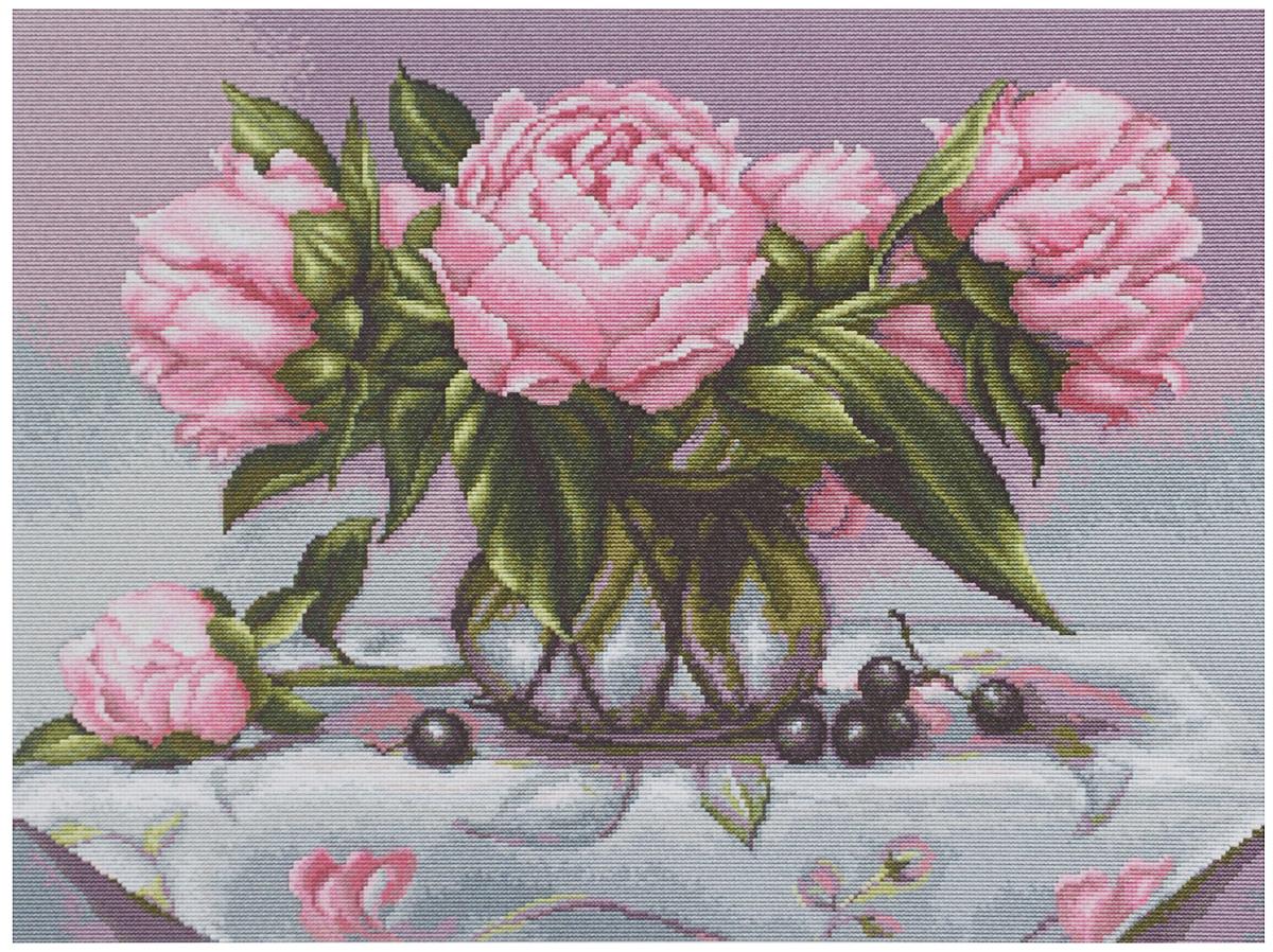Набор для вышивания крестом Luca-S Ваза с пионами, 43 х 32,5 смB494Набор для вышивания крестом Luca-S Ваза с пионами поможет создать красивую вышитую картину. Рисунок-вышивка, выполненный на канве, выглядит стильно и модно. Вышивание отвлечет вас от повседневных забот и превратится в увлекательное занятие! Работа, сделанная своими руками, не только украсит интерьер дома, придав ему уют и оригинальность, но и будет отличным подарком для друзей и близких! Набор содержит все необходимые материалы для вышивки на канве в технике счетный крест. В набор входит: - канва Aida 18 Zweigart (бежевого цвета), - мулине Anchor - 100% мерсеризованный хлопок (40 цветов), - черно-белая символьная схема, - инструкция на русском языке, - игла. Размер готовой работы: 43 х 32,5 см. Размер канвы: 53,6 х 45 см.