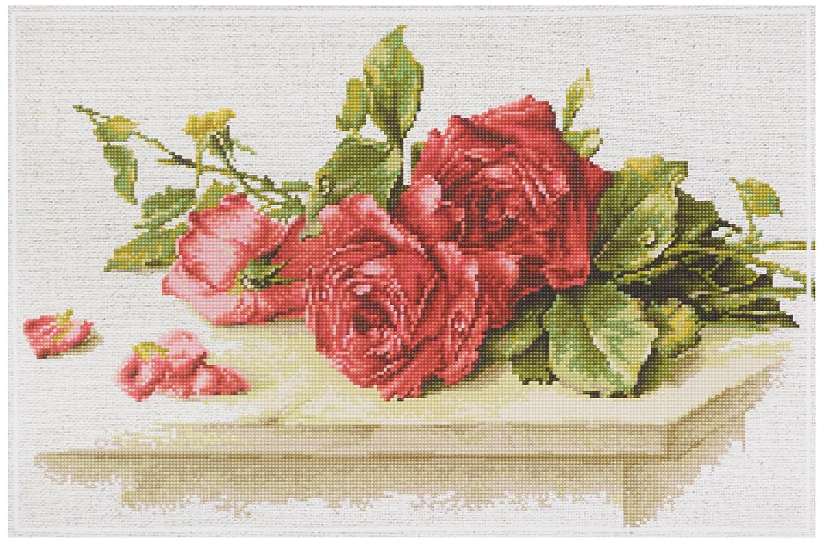 Набор для вышивания крестом Luca-S Красные розы, 31 х 19,5 смBL22411Набор для вышивания крестом Luca-S Красные розы поможет создать красивую вышитую картину. Рисунок-вышивка, выполненный на канве, выглядит стильно и модно. Вышивание отвлечет вас от повседневных забот и превратится в увлекательное занятие! Работа, сделанная своими руками, не только украсит интерьер дома, придав ему уют и оригинальность, но и будет отличным подарком для друзей и близких! Набор содержит все необходимые материалы для вышивки на канве в технике счетный крест. В набор входит: - канва Aida Zweigart № Perlleinen 3379/ 53/ 20 ct (цвет натурального льна), - мулине Anchor - 100% мерсеризованный хлопок (30 цветов), - черно-белая символьная схема, - инструкция на русском языке, - игла. Размер готовой работы: 31 х 19,5 см. Размер канвы: 34 х 45 см.
