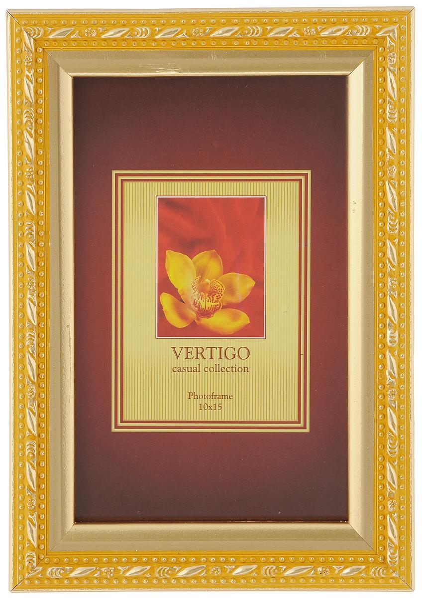 Фоторамка Vertigo Molise, цвет: золотистый, желтый, 10 х 15 см12197 WF-1038/197_золотой/жёлтыйФоторамка Vertigo Molise выполнена в классическом стиле из натурального дерева и стекла, защищающего фотографию. Оборотная сторона рамки оснащена специальной ножкой, благодаря которой ее можно поставить на стол или любое другое место в доме или офисе. Также изделие снабжено специальными петлями для подвешивания на стену. Такая фоторамка поможет вам оригинально и стильно дополнить интерьер помещения, а также позволит сохранить память о дорогих вам людях и интересных событиях вашей жизни.