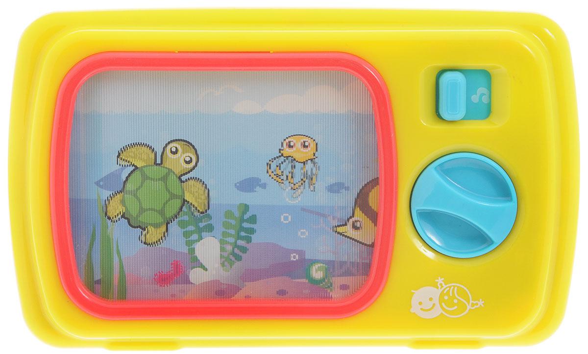PlayGo Развивающая игрушка Портативный телевизорPlay 2194Развивающая игрушка PlayGo Портативный телевизор обязательно понравится вашему малышу. Игрушка выполнена в виде портативного телевизора. Достаточно передвинуть рычажок включения и завести механизм с помощью колесика-переключателя, как сразу же заиграет музыка и по экрану поплывут рыбки и другие морские обитатели. Развивающая игрушка PlayGo Портативный телевизор поможет малышу в развитии цветового и звукового восприятия, мелкой моторики рук, координации движений, когнитивных навыков.