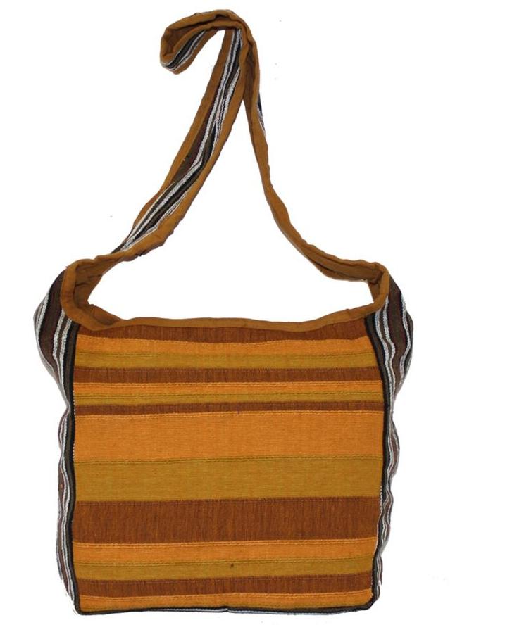 Сумка женская Ethnica, цвет: коричневый, оранжевый. 149140149140Женская сумка Ethnica изготовлена из текстиля. Дополнена модель широкой удобной лямкой и оформлена интересным принтом в полоску. Застегивается изделие на застежку-молнию.