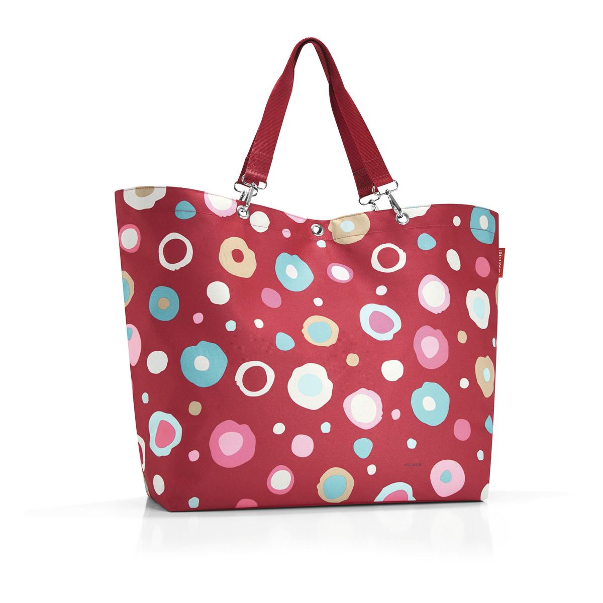 Сумка жен. Reisenthel, цвет: красный, белый. ZU3048ZU3048Отличная сумка для похода за продуктами, для путешествий и спортзала: прочные удобные лямки на карабинах распряделяют нагрузку на плечо, а объем 35 литров позволяет вместить всё нужное и даже чуть больше. Застегивается на молнию. Внутри - кармашек на молнии для мелочей и карман для мобильного телефона.