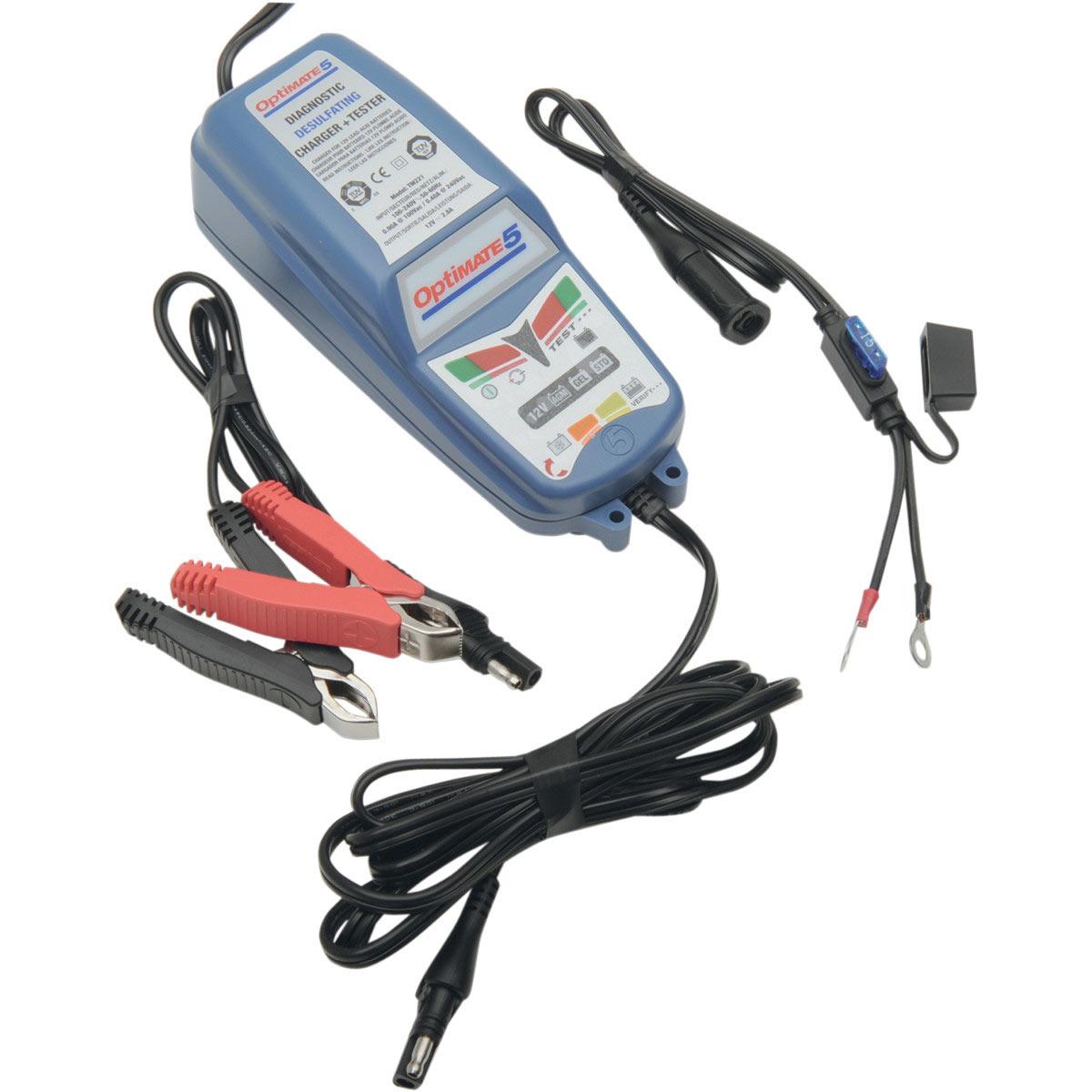 Зарядное устройство OptiMate 5. TM220TM220Многоступенчатое зарядное устройство Optimate от бельгийской компании TecMate с режимами тестирования, восстановления глубокоразряженных аккумуляторных батарей, десульфатации и хранения. Управление полностью автоматическое без кнопок. Заряжает все типы 12В свинцово-кислотных аккумуляторных батарей, в т.ч. AGM, GEL. Защита от короткого замыкания, переполюсовки, искрообразования, перегрева. Оптимизирует срок службы и здоровье аккумуляторной батареи. Влагозащищенный корпус. Рекомендовано 10-ю ведущими производителями мототехники. Optimate 5 рекомендуется для АКБ от 7,5Ач до 120 Ач. Ток заряда 2,8А. Старт зарядки АКБ от 2В. Температурный режим -20...+40С. В комплект устройства входят аксессуары O11 кольцевой разъем постоянного подключения и O4 зажимы типа крокодил.