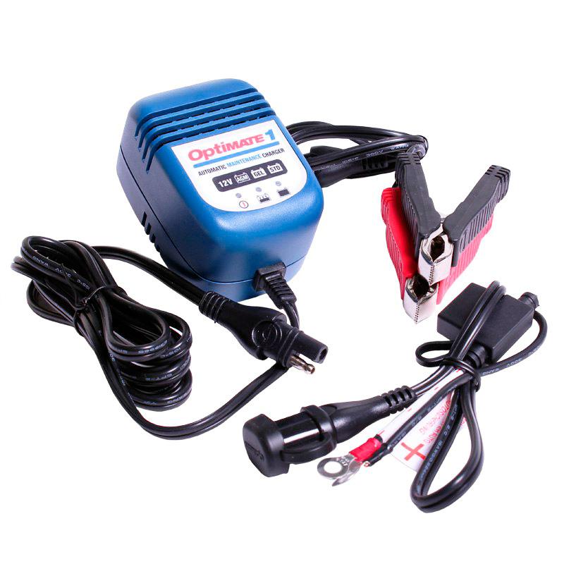 Зарядное устройство OptiMate 1. TM88TM88Многоступенчатое зарядное устройство Optimate от бельгийской компании TecMate с режимами тестирования, восстановления глубокоразряженных аккумуляторных батарей и хранения. Управление полностью автоматическое без кнопок. Заряжает все типы 12В свинцово-кислотных аккумуляторных батарей, в т.ч. AGM, GEL. Защита от короткого замыкания, переполюсовки, искрообразования, перегрева. Оптимизирует срок службы и здоровье аккумуляторной батареи. Влагозащищенный корпус. Рекомендовано 10-ю ведущими производителями мототехники. Optimate 1 рекомендуется для АКБ до 30 Ач. Ток зарядки 0,6А. Старт заряда АКБ от 7В. Температурный режим -20...+40С. В комплект устройства входят аксессуары O1 кольцевой разъем постоянного подключения и O4 зажимы типа крокодил.