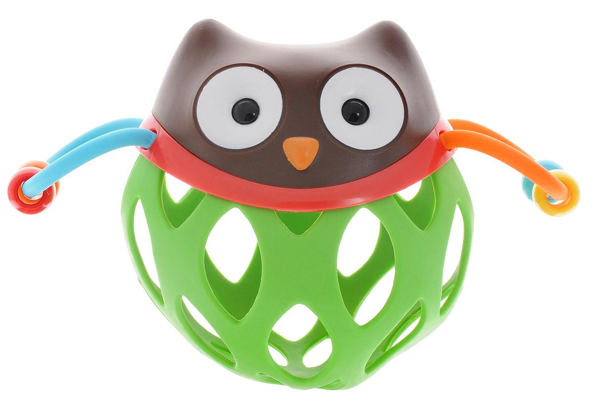 Skip Hop Развивающая игрушка-погремушка Шар-соваSH 303100Развивающая игрушка-погремушка Skip Hop Шар-сова обязательно понравится вашему малышу! Голова совы является погремушкой. Крылышки совы представляют собой пластиковые полукольца, по которым свободно перемещаются пластиковые бусинки. Тело совы выполнено в виде мягкого шара со специальными отверстиями. Такую игрушку можно катать, трясти, подбрасывать, мять в ручках. Игрушка поможет развить ловкость и моторику ручек, цветовое и слуховое восприятие, тактильную чувствительность. Игрушка не содержит бисфенол А, поливинилхлорид и фталаты.