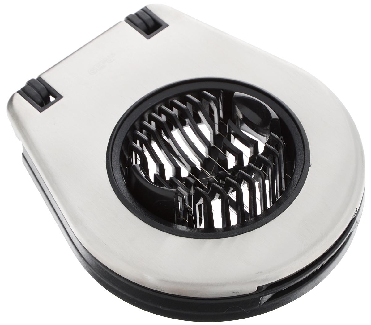 Яйцерезка Gefu Duo12350Яйцерезка Gefu Duo выполнена из высококачественного пластика и нержавеющей стали. Приспособление позволяет нарезать яйца дольками или пластинками, а также подходит для нарезки мелкого отваренного картофеля. Механизм работы чрезвычайно прост: очищенное яйцо или картофель устанавливается в специальное ложе, а затем поочерёдно опускаются две рамки с режущими струнами. Яйцерезка имеет компактный размер и не займет много места на кухне. Такое изделие по-настоящему облегчает процесс готовки. Можно мыть в посудомоечной машине. Размер яйцерезки: 11 х 13 х 3,5 см.