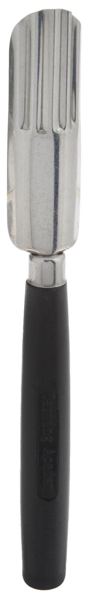 Нож для карвинга Borner Волнистый овал, длина лезвия 6 см3710108Нож для карвинга Borner Волнистый овал изготовлен из металла и пластика. Изделие предназначено для изготовления волнистых лепестков. Карвинг по овощам и фруктам - это искусство, пришедшее к нам из восточных стран. Вырезание - работа созерцательная и очень творческая. Вашим вознаграждением будет изумление и восхищение всех, кто увидит законченный дизайн. Общая длина ножа: 15,5 см.