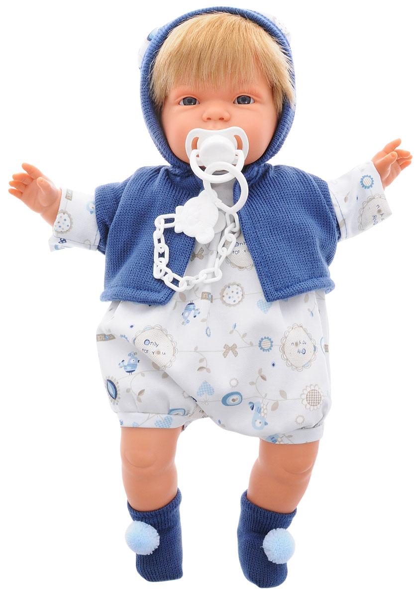 Llorens Пупс СашаL 38289Пупс LIorens Саша выглядит и ведет себя как настоящий ребенок. У Саши светлые волосы и серьезное личико. Пупс одет в комбинезон и теплую кофточку с капюшоном. На ногах у него синие носочки с помпонами. В комплект входит соска на пластиковой цепочке. Если вынуть ее изо рта, малыш начинает плакать и говорить: Мама, папа!. Достаточно снова дать соску Саше, и он тут же успокоится. У пупса мягконабивное тело. Подвижные голова, ножки и ручки выполнены из ПВХ. Игра с куклой разовьет в вашей малышке фантазию и любознательность, поможет овладеть навыками общения, научит ролевым играм, воспитает чувство ответственности и заботы. Порадуйте ее таким замечательным подарком! Рекомендуется докупить 3 батарейки напряжением 1,5V типа AG13/LR44 (товар комплектуется демонстрационными).