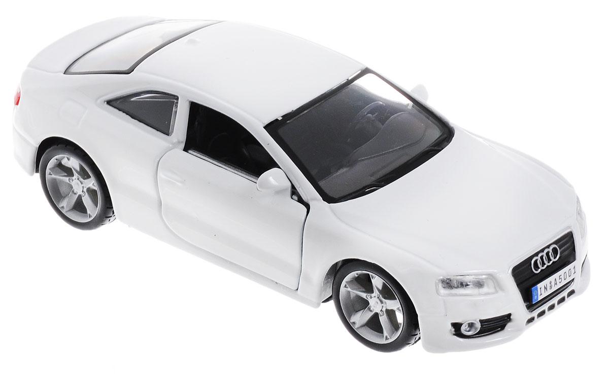 Bburago Модель автомобиля Audi A5 цвет белый18-43000_Audi A5_белыйМодель автомобиля Bburago Audi A5 обязательно привлечет внимание как ребенка, так и взрослого коллекционера. Благодаря броской внешности, а также великолепной точности, с которой создатели этой модели масштабом 1:32 передали внешний вид настоящего автомобиля, машинка станет подлинным украшением любой коллекции авто. Машинка будет долго служить своему владельцу благодаря металлическому корпусу с элементами из пластика. Дверцы машины открываются. Прорезиненные колеса обеспечивают отличное сцепление с любой поверхностью пола. Модель автомобиля Bburago Audi A5 обязательно понравится вашему ребенку и станет достойным экспонатом любой коллекции.