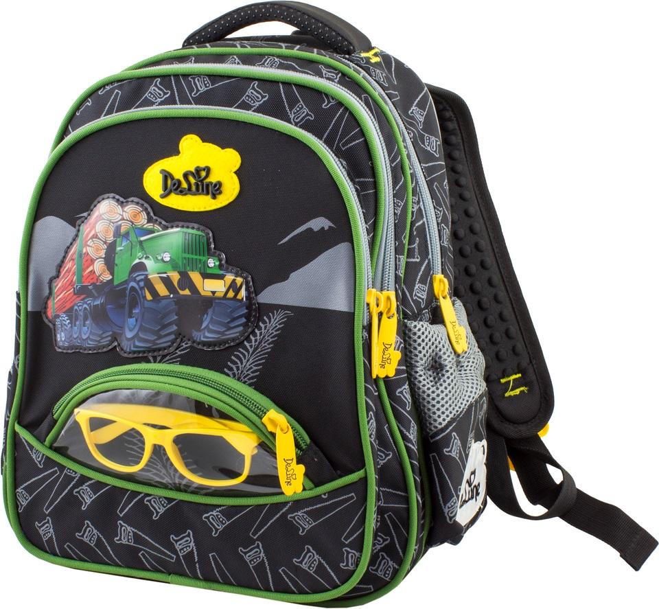 DeLune Рюкзак детский цвет черный желтый54-09Детский рюкзак DeLune имеет мягко-каркасную форму. Эта уникальная технология, позволяющая держать форму даже при полностью пустом рюкзаке, не прогибается и не меняет форму под весом. Эргономичная спинка разработана с учетом анатомии ребенка, позвоночник защищен специально сконструированной спинкой, что делает ношение рюкзака максимальной удобным. Рюкзак содержит два вместительных отделения, закрывающиеся на застежки-молнии. Высококачественные молнии известной фирмы SBS. В наибольшем отделении находятся две перегородки для тетрадей или учебников, фиксирующиеся резинкой, а также три открытых сетчатых кармана и нашивная бирка для заполнения личных данных владельца. В следующем отделении расположен открытый карман-сетка. Дно рюкзака можно сделать более устойчивым, разложив специальную панель. Внутреннее оснащение рюкзака разработано по специальной системе распределения вещей Open access, что позволяет удобно распределить школьные принадлежности...