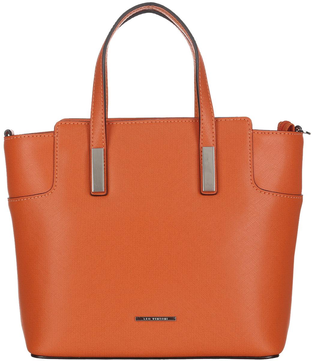Сумка женская Leo Ventoni, цвет: оранжевый. 2300440823004408-orangeСтильная женская сумка Leo Ventoni выполнена из натуральной кожи с фактурным тиснением. Изделие содержит одно вместительное отделение, которое закрывается на застежку-молнию. Внутри расположено два накладных кармашка для мелочей, карман-средник на застежке-молнии и врезной карман на молнии. Снаружи, на задней стороне сумки, расположен врезной карман на застежке-молнии. Сумка оснащена удобными ручками и съемным плечевым ремнем. Оригинальный аксессуар позволит вам завершить образ и быть неотразимой.